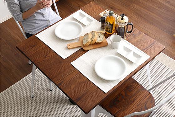 食卓として使うなら幅70cm前後が目安